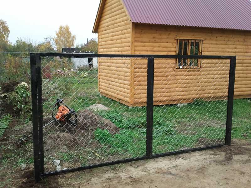 Забор из сетки рабицы в Рязани